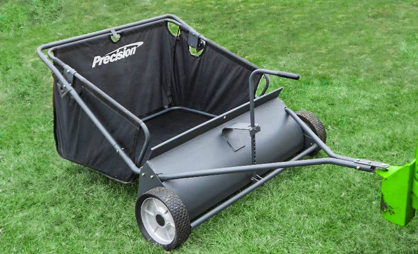 Top Best Lawn Sweeper for Your Lawn in 2020
