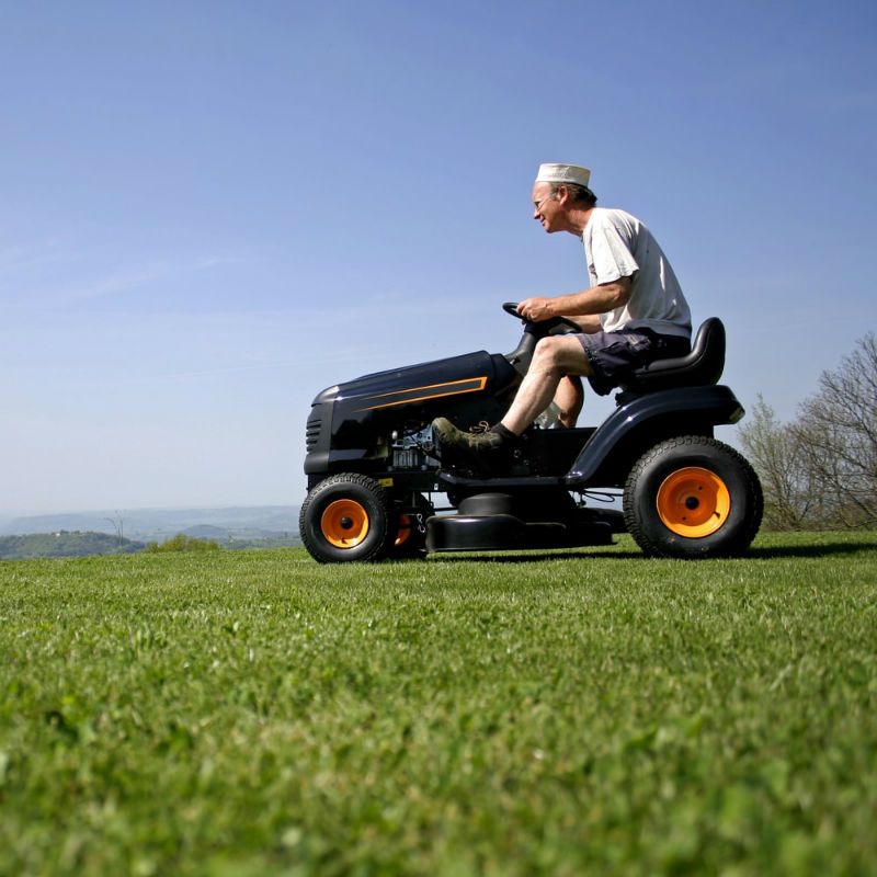 How to choose a garden tractor