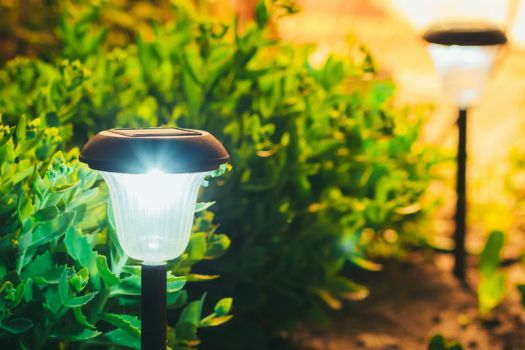 solar garden lights lessens your carbon footprint
