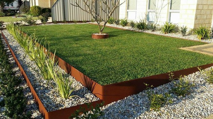 Metal Lawn Edging Ideas