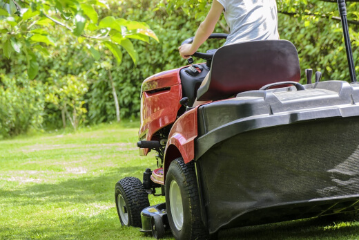 How to Choose the Best Garden Tractor