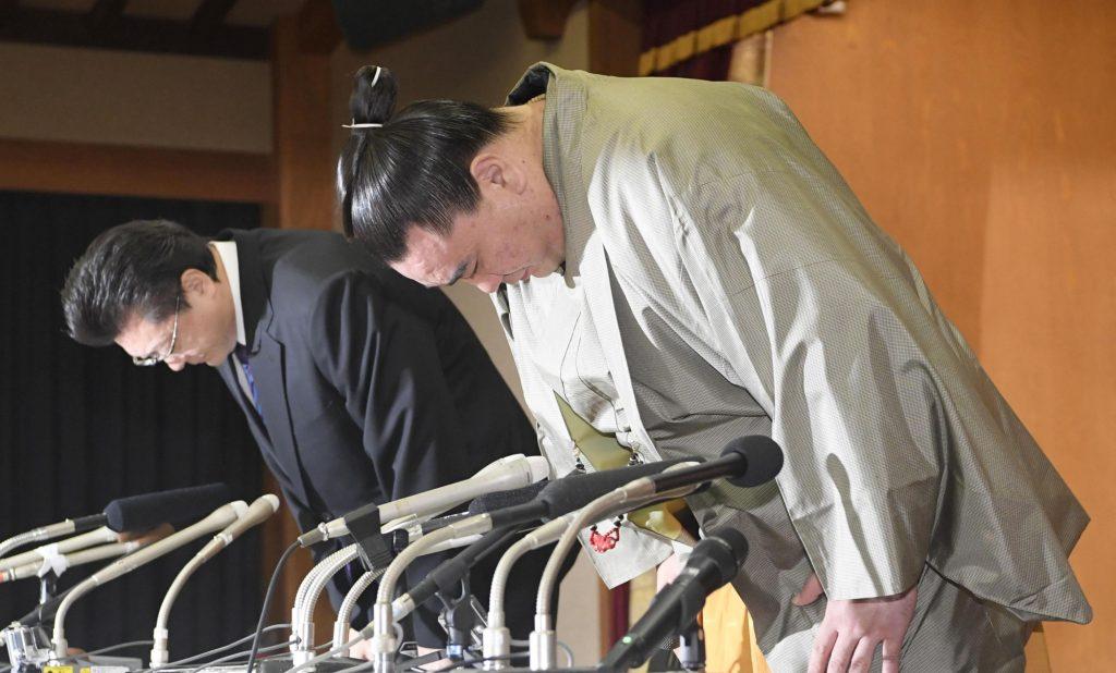 Harumafuji tendrá que acudir a los tribunales