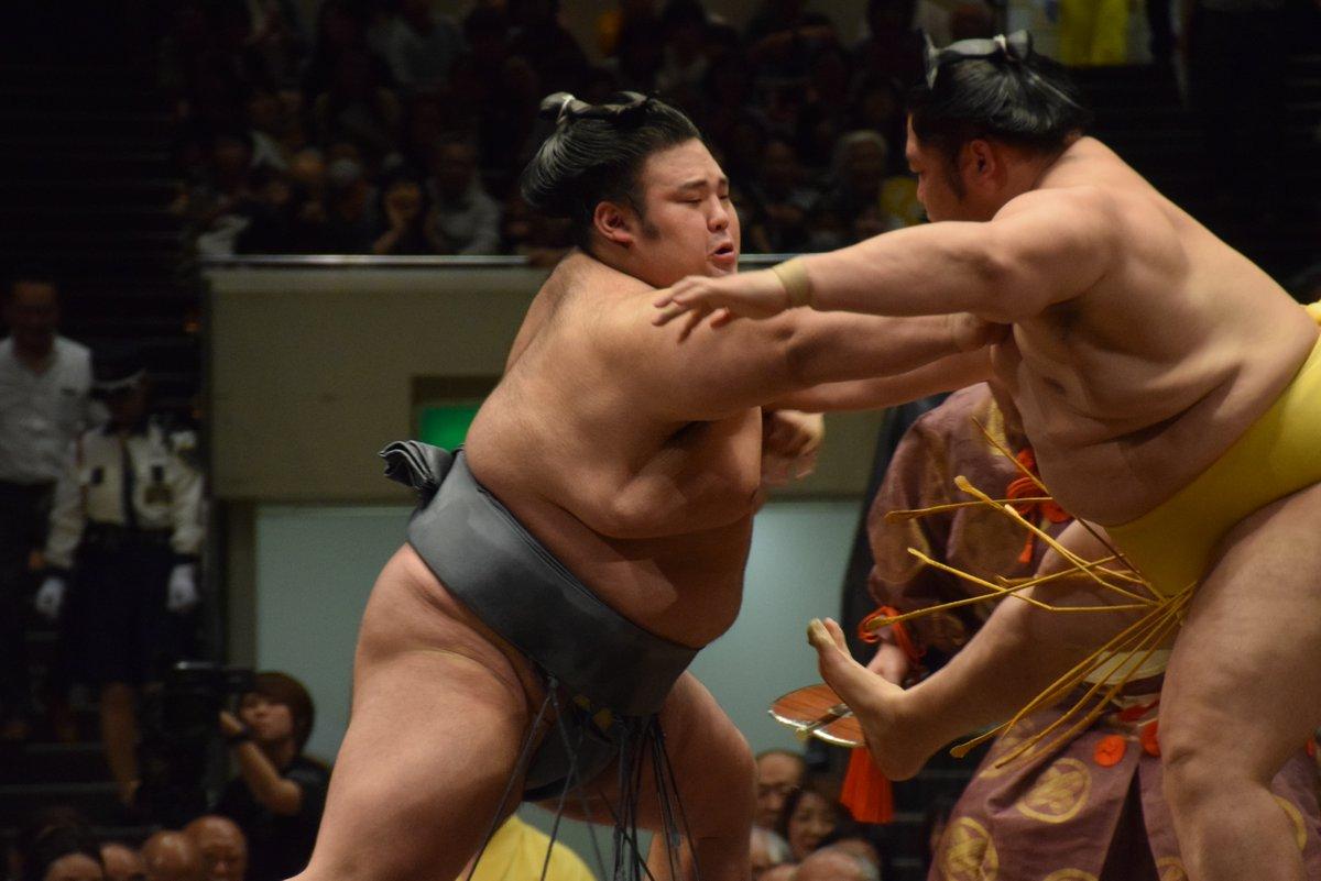 Natsu 2019, día 1 - Se inicia el tercer torneo del año