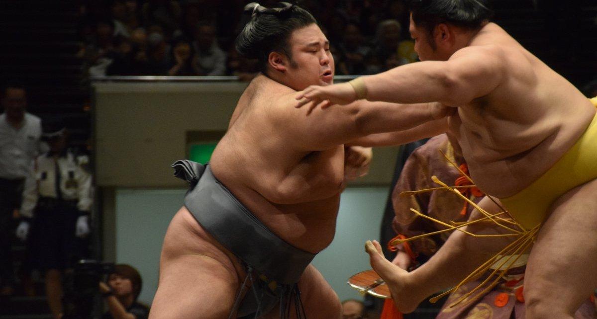 Takakeisho vs Endo