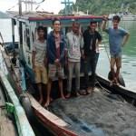 DKP Sumbar Tangkap 16 ABK Batahan di Teluk Ilalang