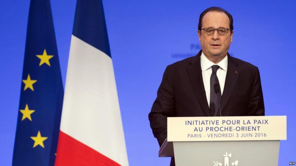 """Foto: AFP/Saul Loeb Presiden Perancis Francois Hollande mendesak Israel dan Palestina untuk membuat """"pilihan berani"""" untuk perdamaian saat membuka KTT konflik tersebut di Paris, Juni 2016."""