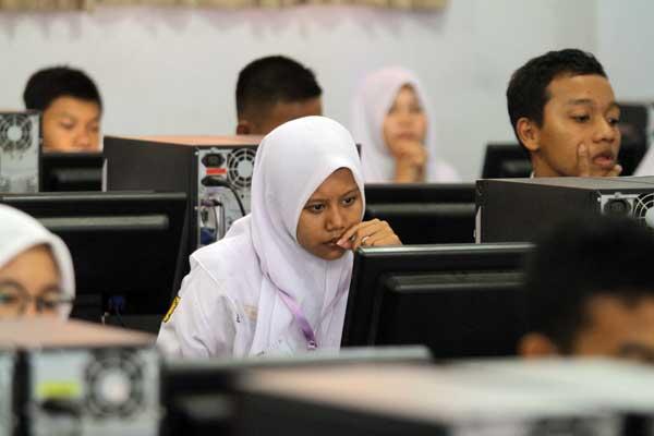 DARING: PPDB tingkat SMP Kota Medan berlangsung secara online atau daring.