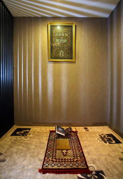 50 Desain Mushola Dalam Rumah Minimalis  RUMAH IMPIAN
