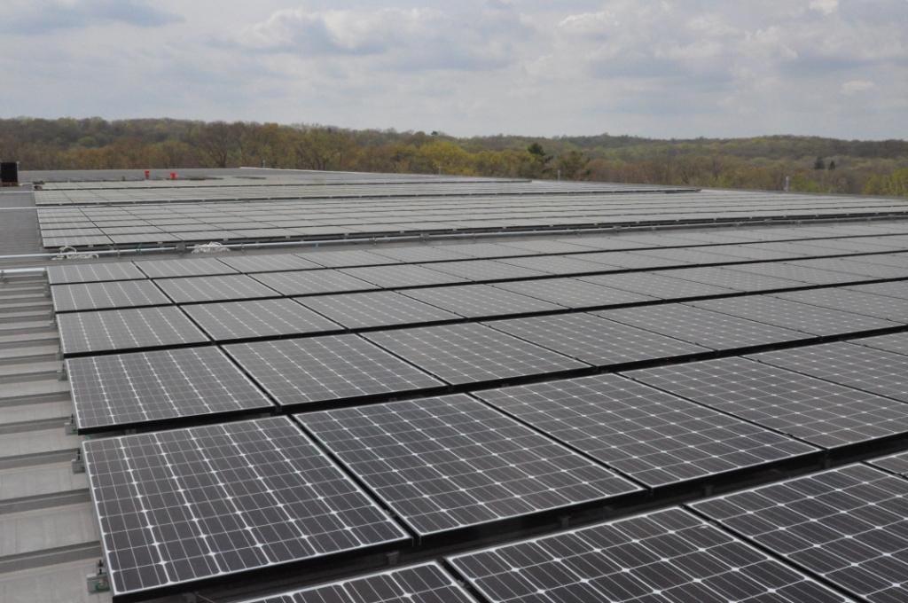 Commercial-Solar-Installers-Trumbull-CT