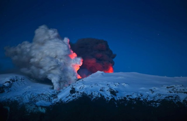 10 лет назад началось извержение вулкана Эйяфьятлайокудль
