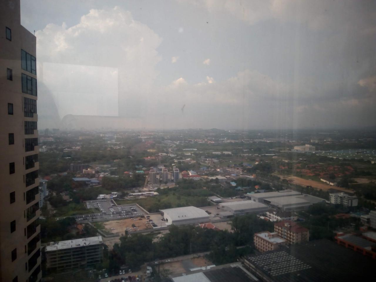 Вид на Паттайю с 39 этажа