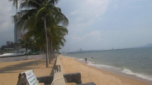 Пляж отеля Амбассадор