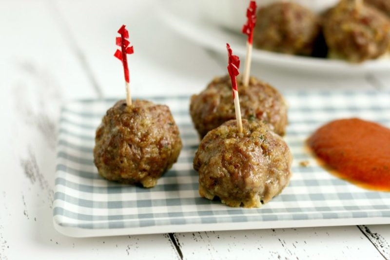 Add these Low Carb Mozzarella Stuffed Meatballs to your must-have list of Super Bowl snacks.