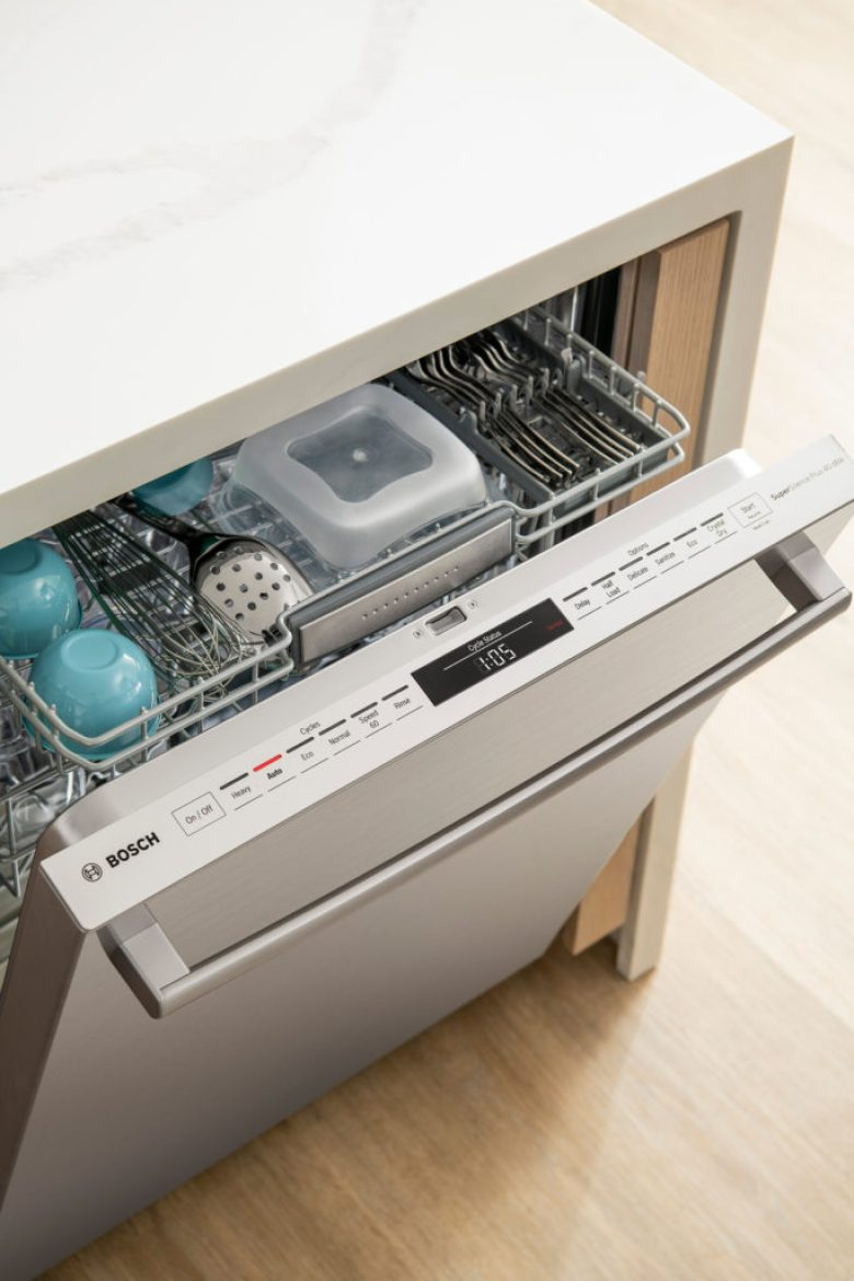 Bosch's largest 3rd rack- the MyWay rack provides additional loading space for cereal bowls and large utensils
