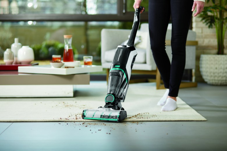 Save time cleaning your floors with the BISSELL CrossWave