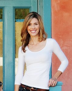 Author Jenny Holt