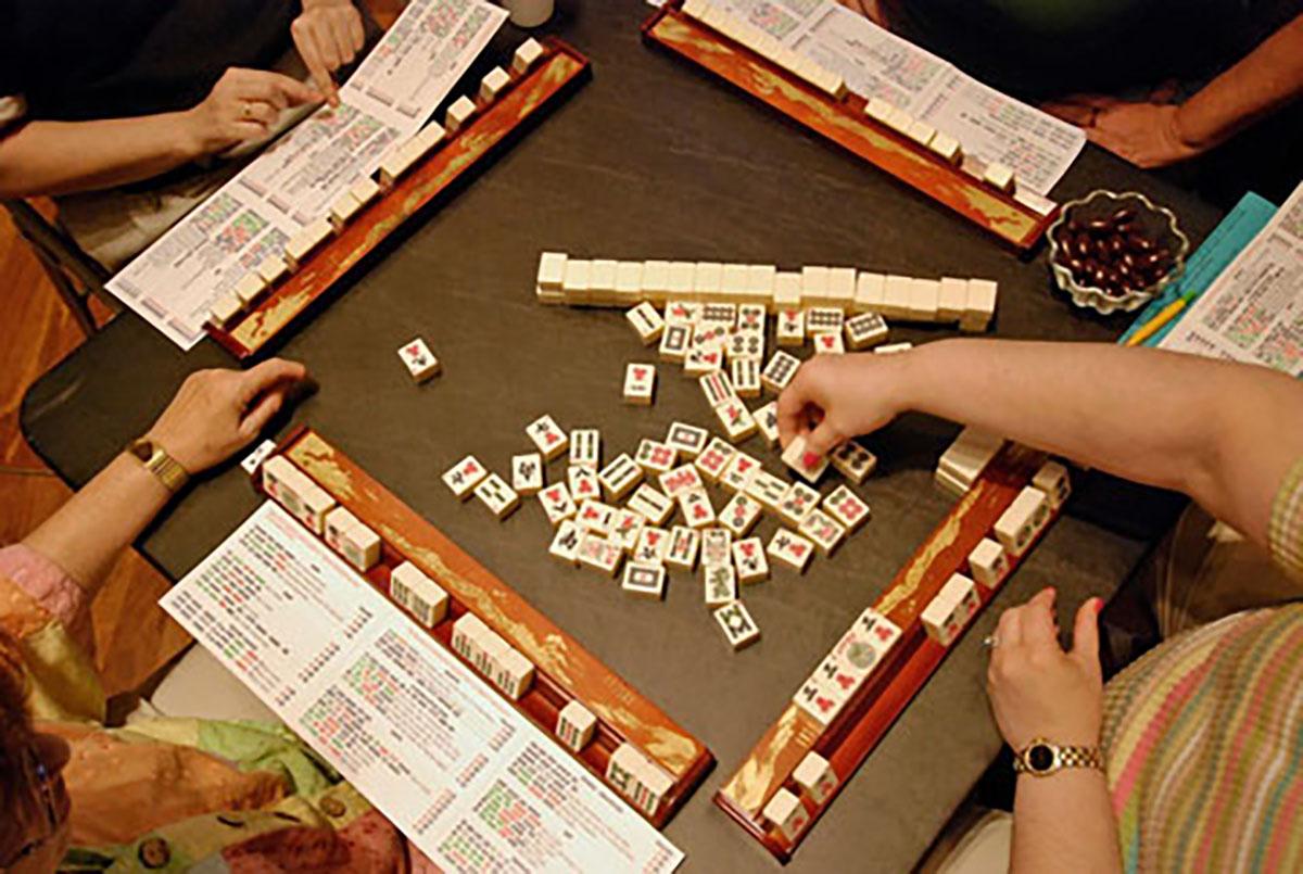 Joy Luck Club Mahjong Table
