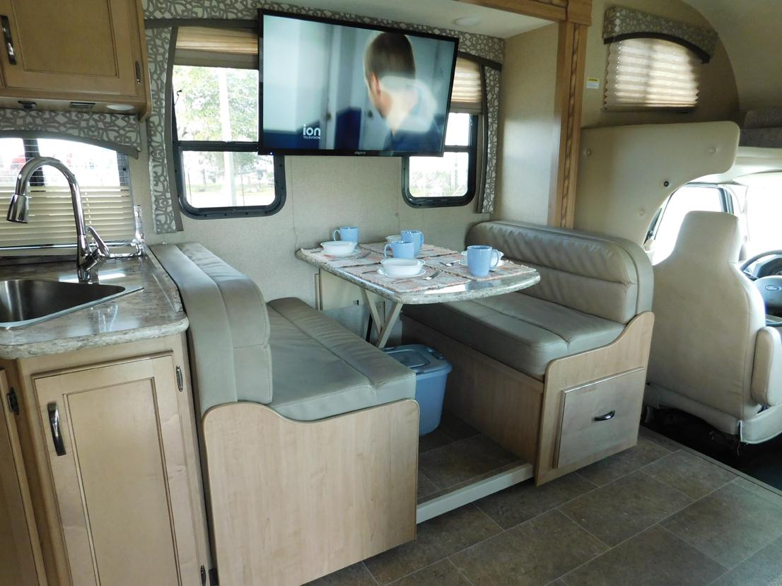 jackknife sofa with seat belts jonathan adler reviews chateau 5 suncoast rv rental