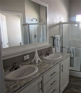 SPACIOUS RESORT HOME BATHROOM ARIZONA