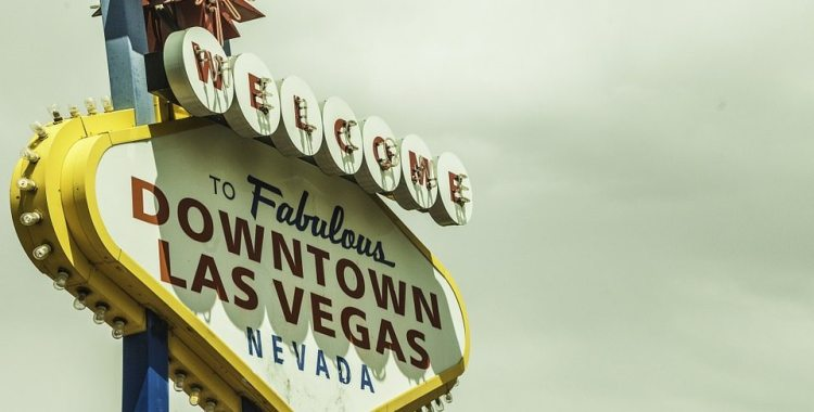 downtown-las-vegas-sign-sundance-vacations