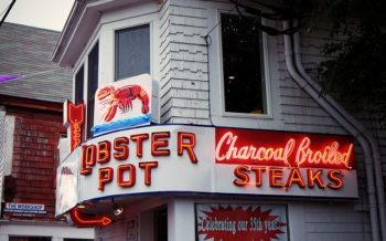 Sundance Vacations Lobster Pot