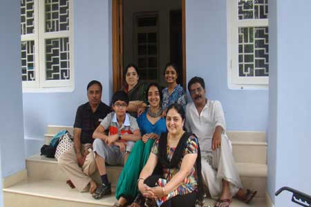 vegetarian-family-homestay-guest-testimonials-Ujwal-Grover-and-friends