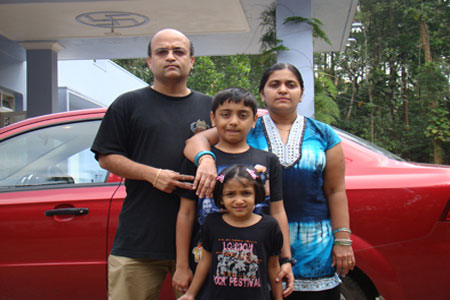 Sundara Mahal Vegetarian Homestay guests Anand Ramani and family