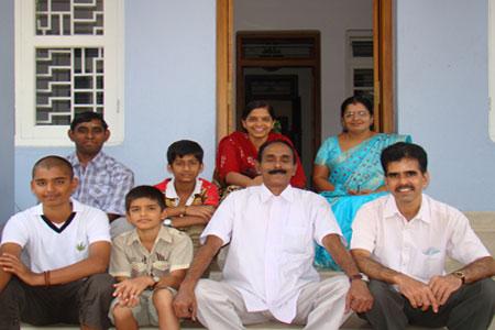 Sundara Mahal Vegetarian Homestay guests Bhasi and family