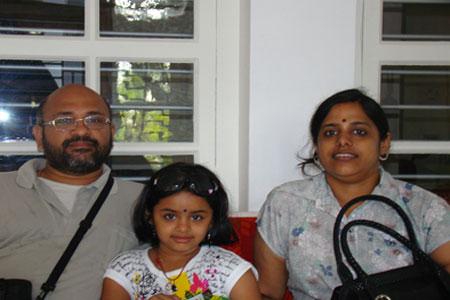 Sundara Mahal Vegetarian Homestay guests Sripriya and family