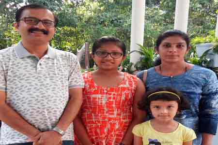 Sundara-mahal-homestay-guests-images-Raghu-Vidyalakshmi-Parnika-Pranav