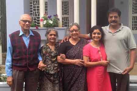Sundara-mahal-homestay-guests-images-Rear-Admiral-Subir-Paul-Indrani-and-Family