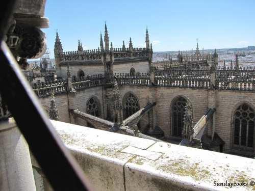 detalhes da catedral de sevilha