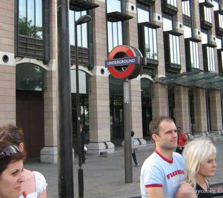 london underground tube metro