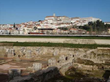 mosteiro de santa clara velha - clausto