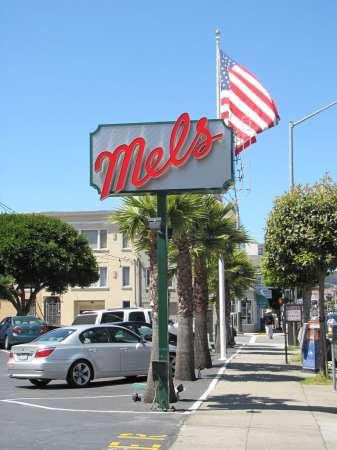 Restaurantes em São Francisco: Mels Drive-In