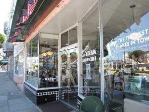 Restaurantes em São Francisco: Mels Drive-In fachada