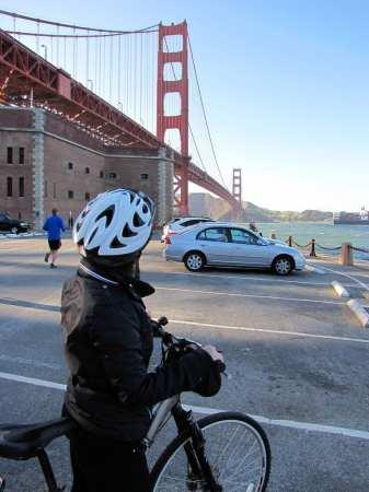 Roteiro de bicicleta por São Francisco - Golden Gate Bridge por baixo
