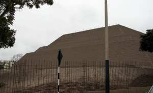 sitios arqueológicos de lima: Huaca Huallamarca - outra lateral
