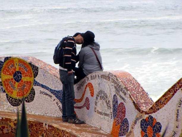 Cenas de Lima: Beijo no Parque del Amor
