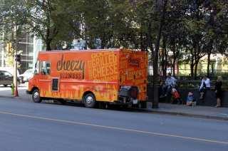 Food Truck Cheezy Bizness - parada estratégica