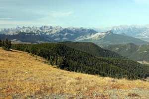 Heli Yoga - Alto da montanha