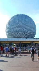 Entrada do Epcot na Disney