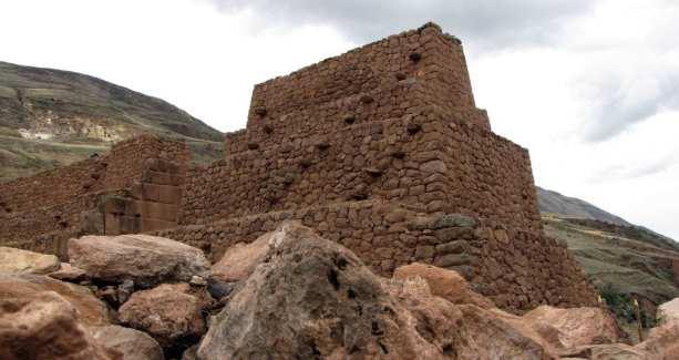 Valle Sagrado - Rumicolca - Puca Pucara