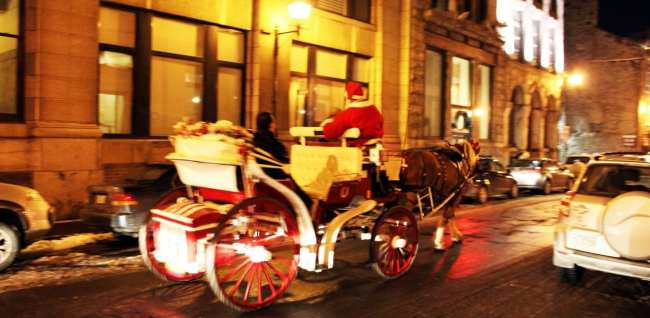 Natal e ano novo na neve de Montreal - charrete de natal