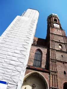 Centro histórico de Munique - Torres da Frauenkirche em restauro