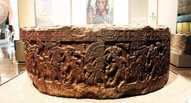 Museu Nacional de Antropologia - escultura em pedra 2