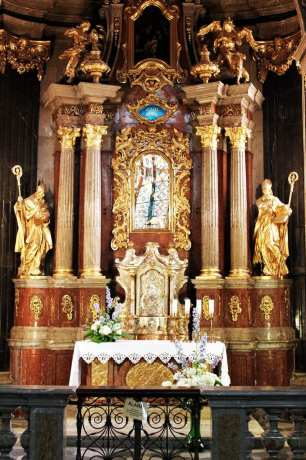 Olomouc - Catedral de São Venceslau - altar