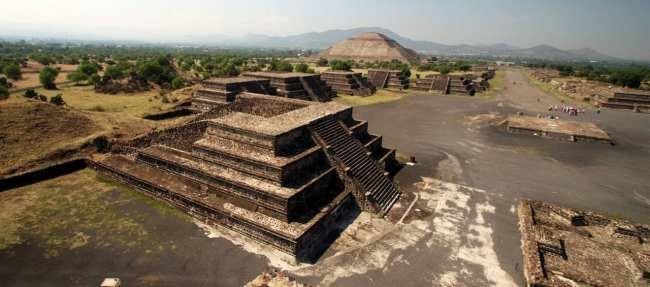Como ir a Teotihuacán - Vista da Pirâmide da Lua sem turistas