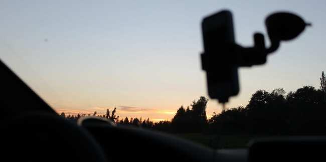 App de GPS TomTom - Anoitecer na Alemanha