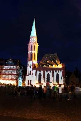 Centro Histórico de Frankfurt - Römerberg: praça de noite 2